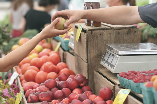 Saturdays Are for Shopping the Rittenhouse Square Farmers' Market